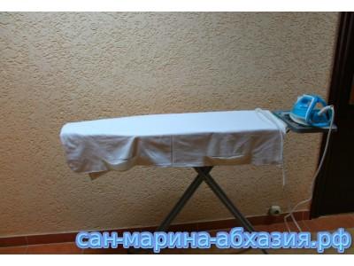 Пансионат Сан-Марина ,   гладильная доска на этаже